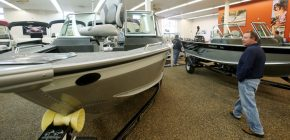 How Do I Buy Repossessed Boats? Repo Boats auction is the best option!