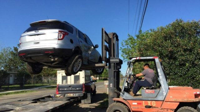 Fork-Lift-Loading-Salvage-Car