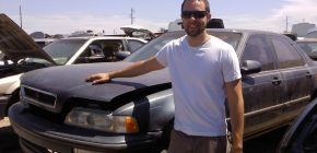 How to Buy a Salvage Car from a Used Car Auction?