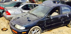 Tips on How to Buy, Restore and Insure a Salvage Car