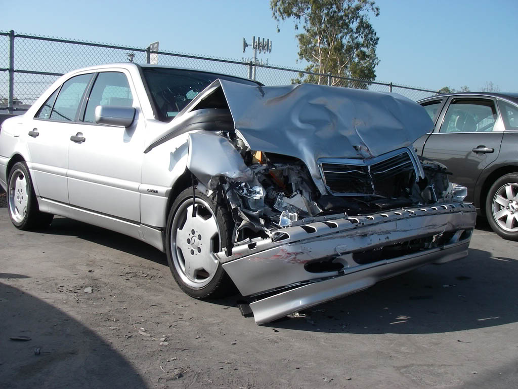 Is It Possible To Insure A Salvage Auction Car?