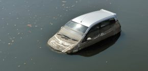 Can I Buy a Flooded Car and Then Fix it to Obtain a Title in Louisiana?