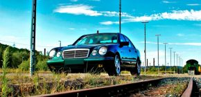 Why Do People Buy Salvage Title Cars?