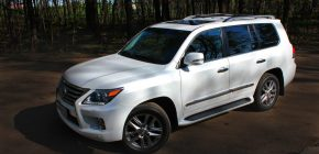 How Can I Use Dealer Auctions to Save Money on Used Cars?