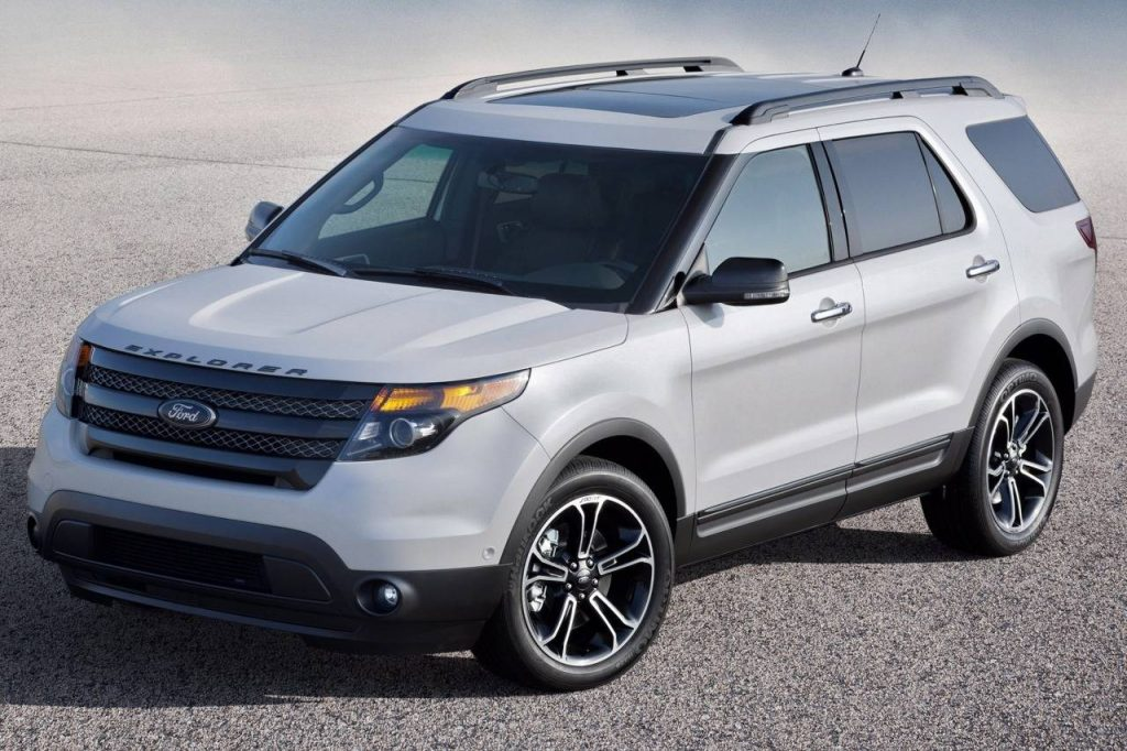 things to know when buying a used ford explorer auto auction mall. Black Bedroom Furniture Sets. Home Design Ideas