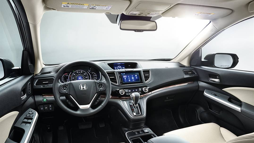 inside 2016 Honda CR-V