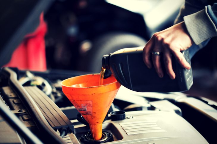 Servicing and maintaining your car in Nigeria, Oil, ENgine